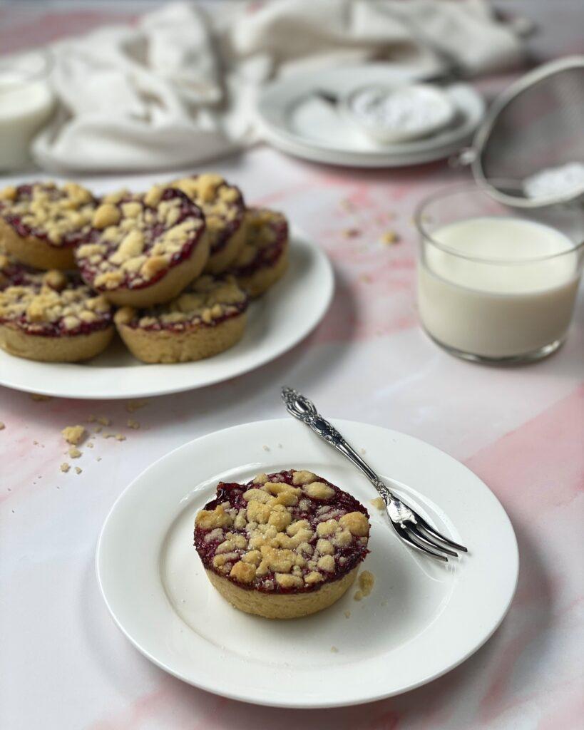 Raspberry Crumble Cookies