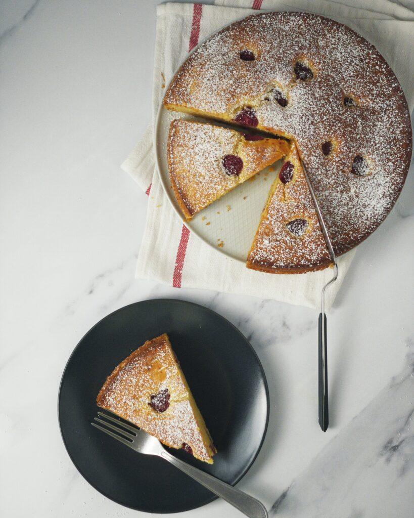 Prăjitură cu Zmeură și Ricotta